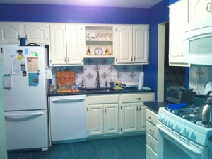 This is how the kitchen looks now. So much more functional.